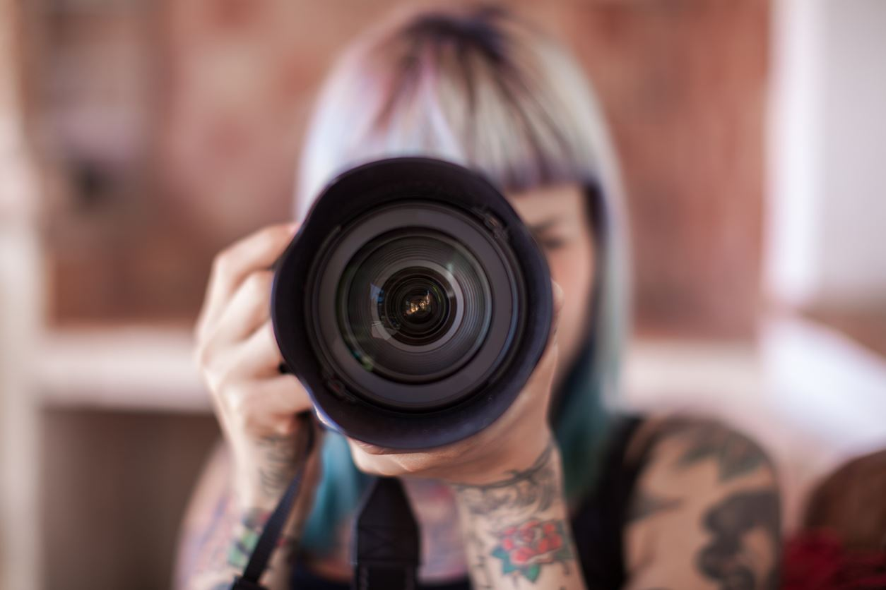 Máquinas fotográficas: Reflex, Mirrorless ou Compacta?