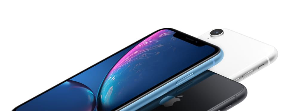 iPhoneXr-Blue-Black-White-3up-Hero-Horizontal-US-EN-SCREEN-1