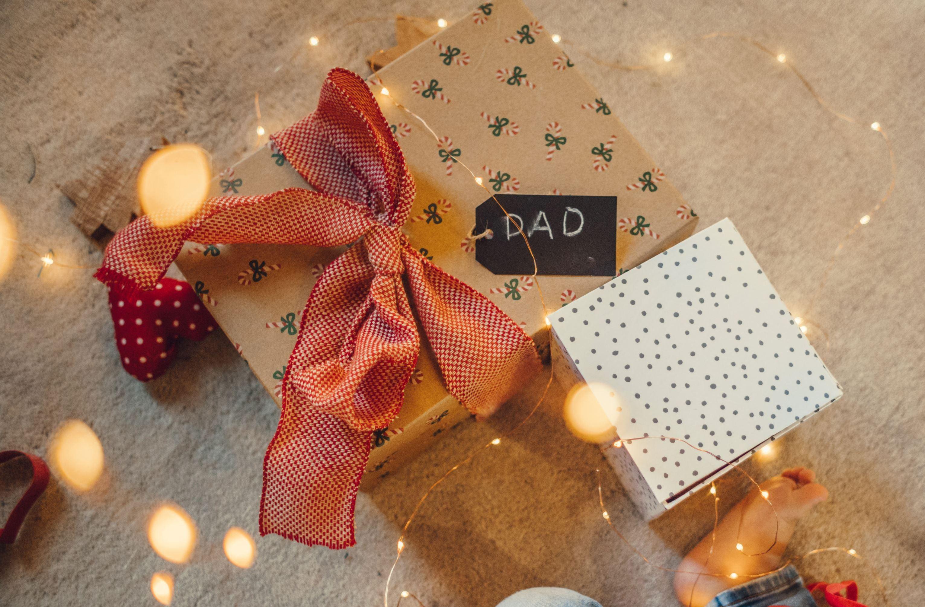 10 ideias de prendas de Natal para o pai que podes encontrar na FNAC