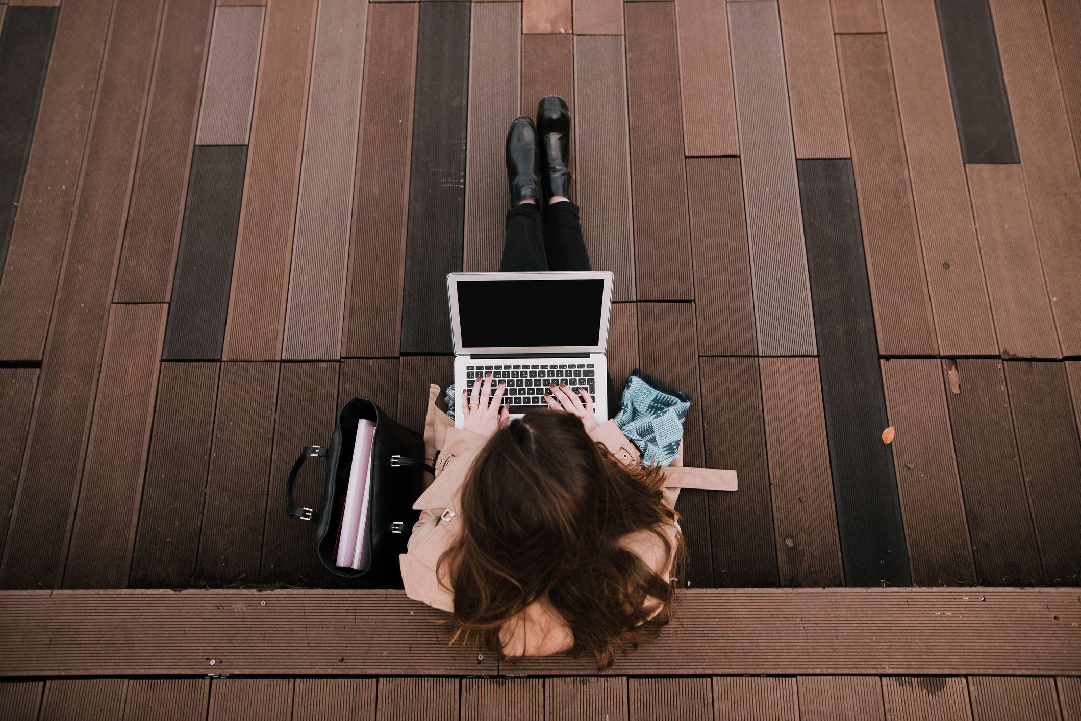 Regresso à universidade: como escolher o PC ideal para o teu estudo