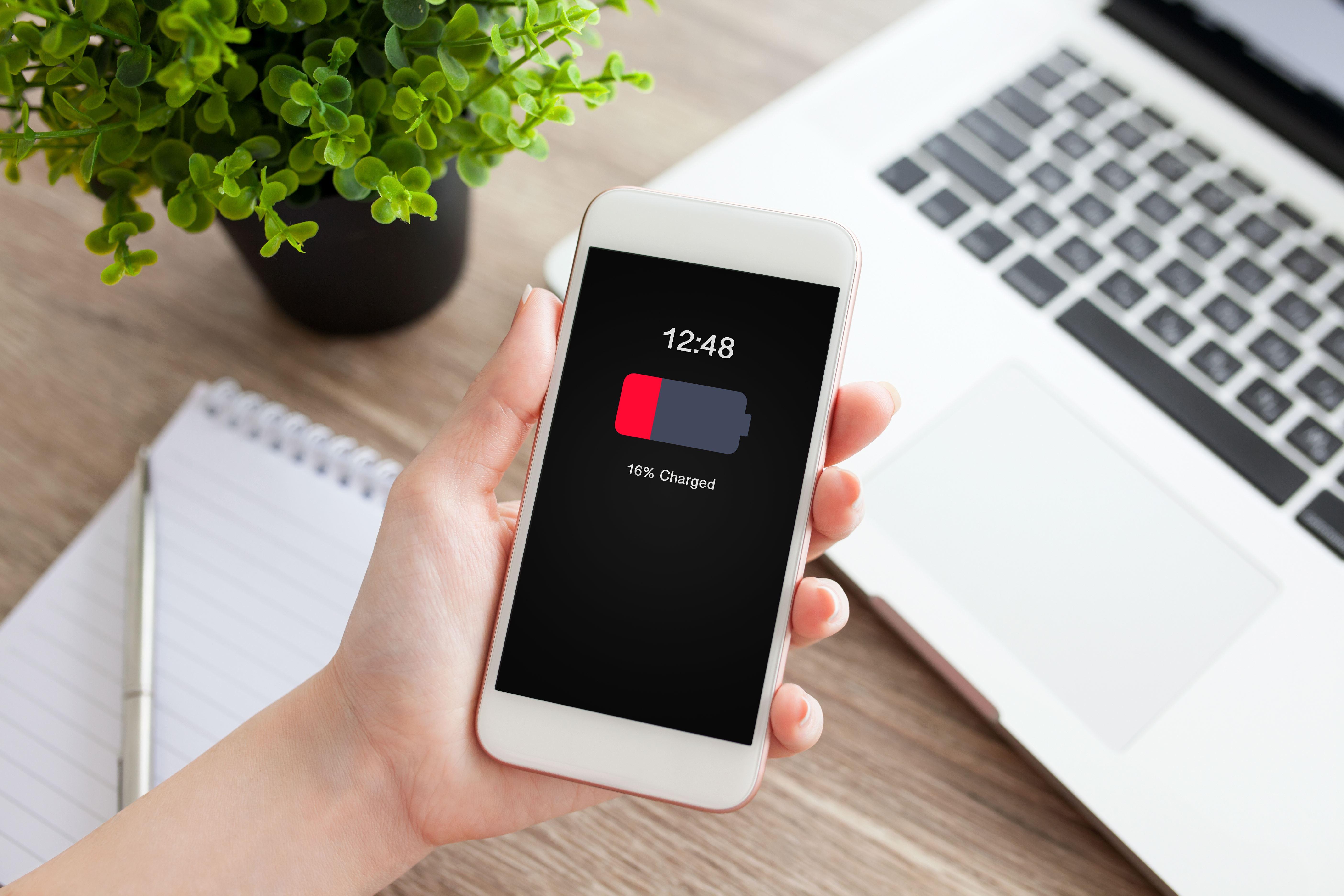 8 dicas para poupares a bateria do teu smartphone
