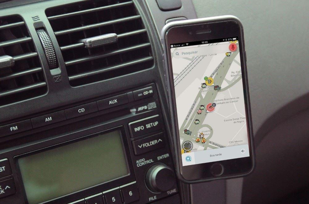Qual o melhor suporte de smartphone para o teu carro?