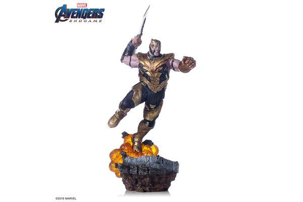 Estatueta-Deluxe-Avengers-Endgame-Thanos