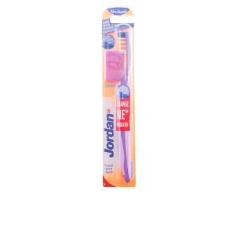 Escova de Dentes Jordan Advanced Medio