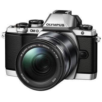 Olympus OM-D E-M10 + M.Zuiko Digital ED 14-150mm f/4.0-5.6 II (Prata)