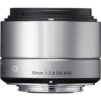Sigma Objetiva 19mm f/2.8 DN Art Prateada (Micro 4/3)