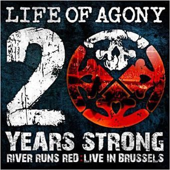 20 Years Strong: River Runs Red (CD+DVD)