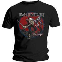 T-Shirt Iron Maiden: Trooper Red Sky - Tamanho M