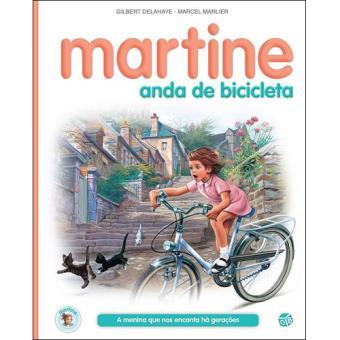 Martine Anda de Bicicleta