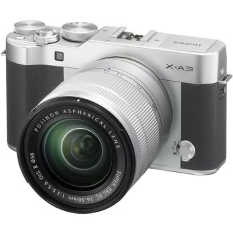 FujiFilm X-A3 + XC 16-50mm F3.5-5.6 OIS - Prata