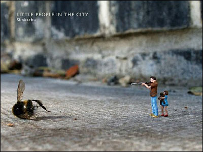Little people in the city : the street art of Slinkachu